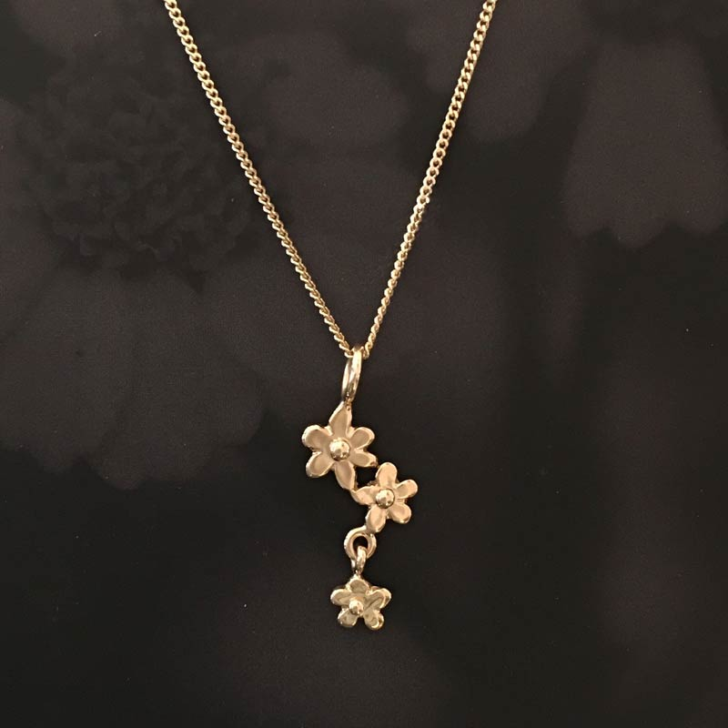 Forget me not 18K gold pendant, handcrafted by GULDVIVA