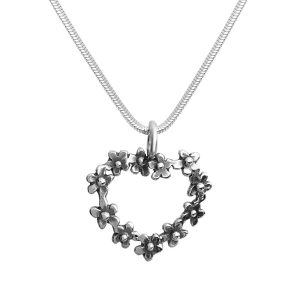 Heart shaped Forget Me Not sterling silver necklace, handcrafted by GULDVIVA.