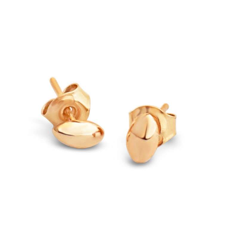 "Earstuds in 18K gold, ""RAR"", handcrafted by GULDVIVA using recycled gold."