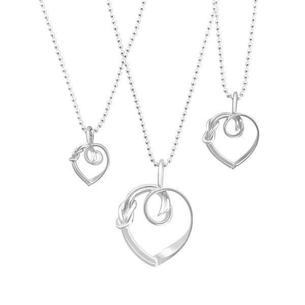 3 storlekar Råbandsknop Hjärta halsband, 3 sizes reef knot silver necklace GULDVIVA