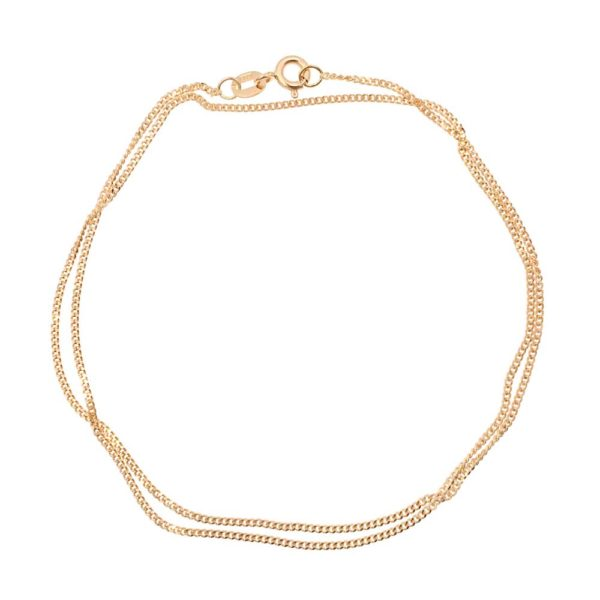 18K gold curb chain. Available from GULDVIVA.